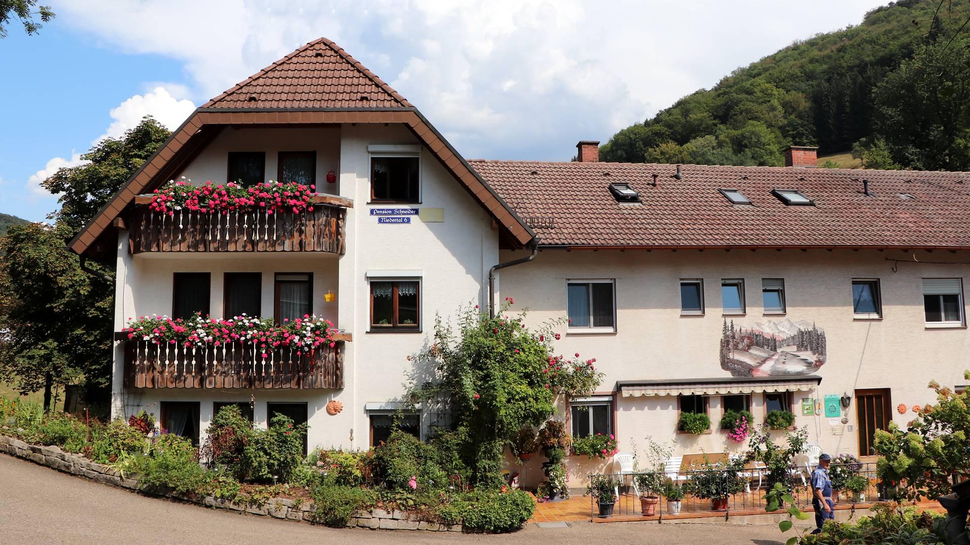 schwarzwaldbauernhof-pension-schneider