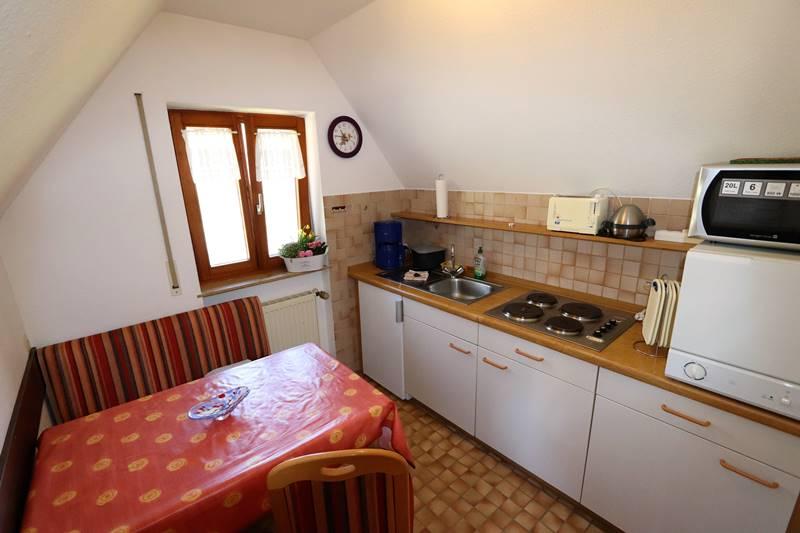 Küche in der Ferienwohnung Buchfink Pension Schneider