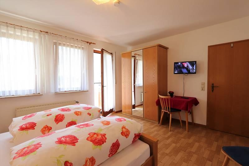 Doppelzimmer mit Balkon Pension Schneider
