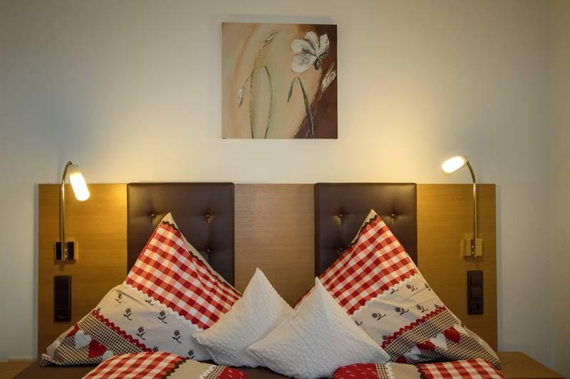 Doppelbett Ferienwohnung Kandelblick